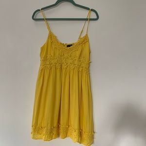 Forever 21 Lace Yellow Dress
